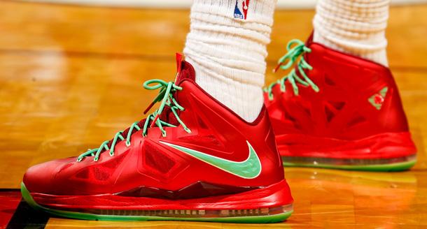 Lebron james shoes 11 christmas