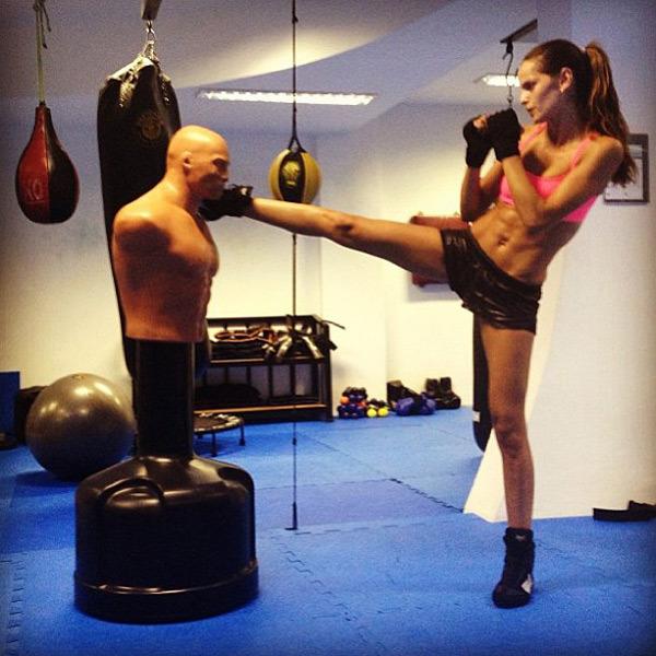 @izabel_goulart: Go girl!!! #traning