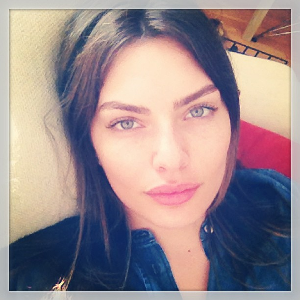 @luvalyssamiller: Ready to go back to bed. #sosleepy