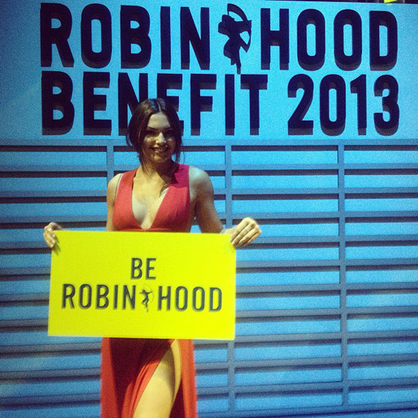 @luvalyssamiller: Be Robin Hood @robinhoodnyc #RHBenefit #likeanewyorker