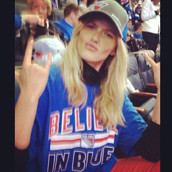 @annev_official: #NYRBelieve