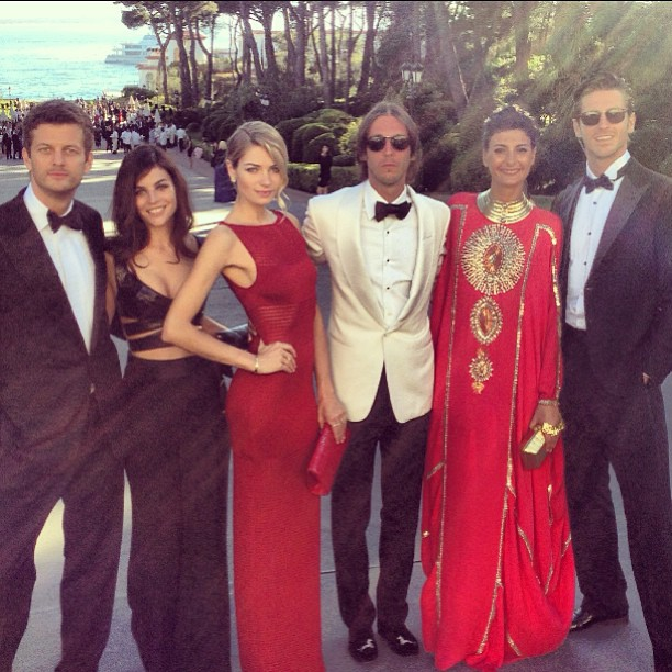 @1jessicahart: Take us back! @sashapesko @juliarestoin @vladimirpierreindia @bat_gio #amfar #cannes2013