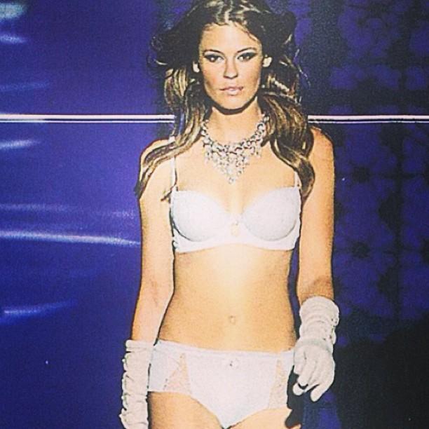 @dompiek: #intimmissimi #verona #showtime #lingerie