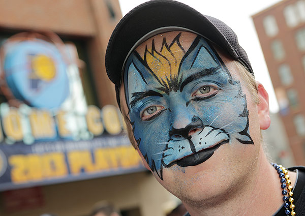 Grizzlies fan, Game 3 versus Thunder. (Ron Hoskins/NBAE via Getty Images)