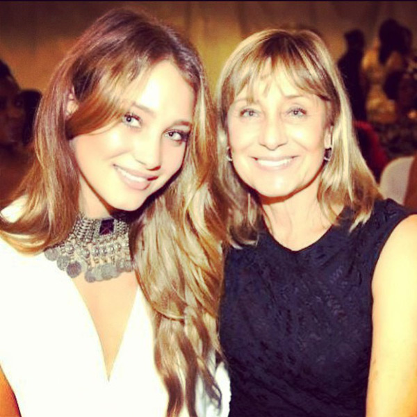 Hannah Davis and mother :: @hanni_davis