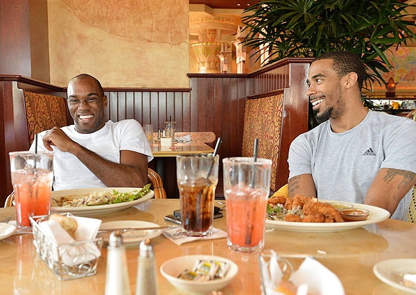 Quincy Pondexter, Mike Conley (Robert Beck/SI)
