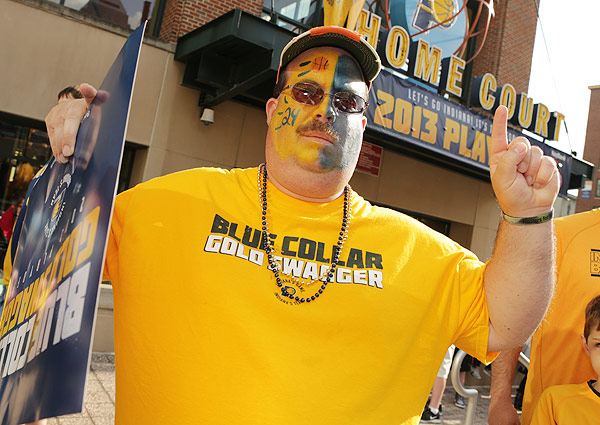 Pacers fan, Game 3 versus Knicks. (Ron Hoskins/NBAE via Getty Images)