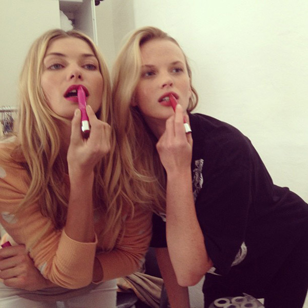 @annev_official: Girls in control  @1jessicahart