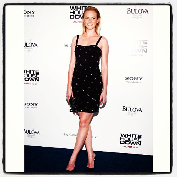 @annev_official: White House Down premier wearing Philosophy Di @albertaferretti @alikavoussi #WHD #NYC