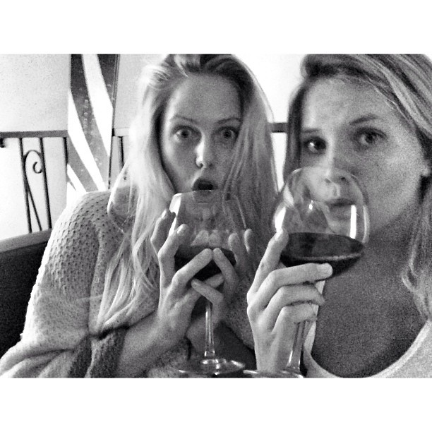 @brunasschmitz: My wine partner for the night  @lauraenever