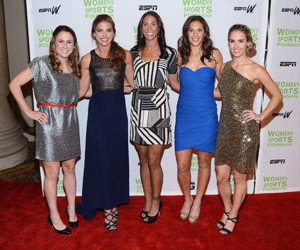 Heather O' Reilly, Alexandra Morgan, Shannon Boxx, Carli Lloyd and Heather Mitts :: Jason Kempin/Getty Images