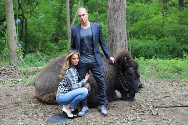 Max George, Hannah Davis and Cody :: Images courtesy of Buffalo