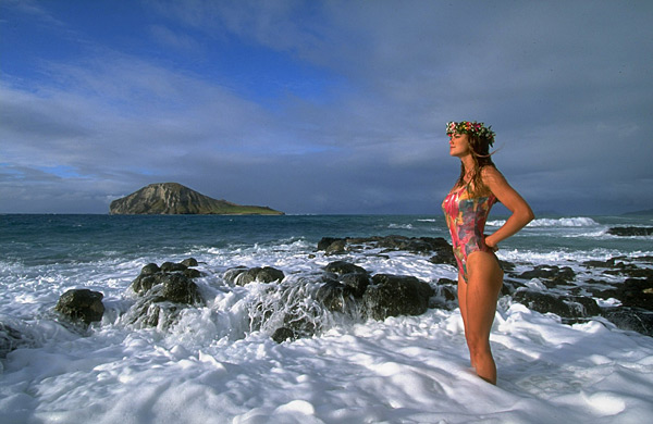 Kathy Ireland in Oahu, Hawaii :: Walter Iooss Jr./SI (1992)