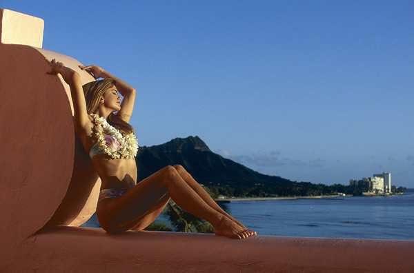 Kathy Ireland in Honolulu :: Walter Iooss Jr./SI (1992)