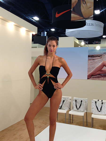Andrea Escobar for Gottex (gottexswimwear.com) :: Janine Berey/SI