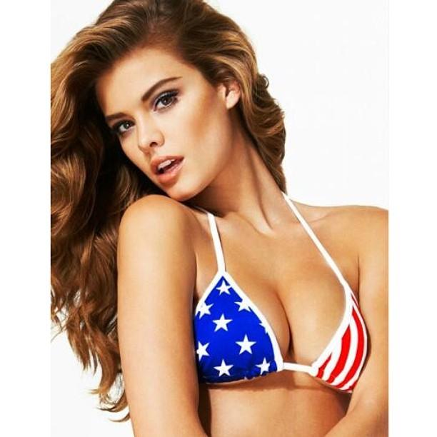 "@ninaagdal: ""American Girl"" by @thegbe @kittengalore @princeandjacob #bombshellissue"