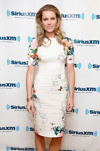 Rebecca Romijn :: Getty Images