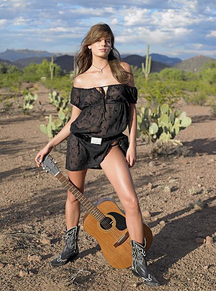 Yesica Toscanini in Tuscon, Ariz. :: Pamela Hanson/SI (2006)