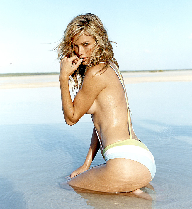 Carolyn Murphy :: Jeff Olson/SI