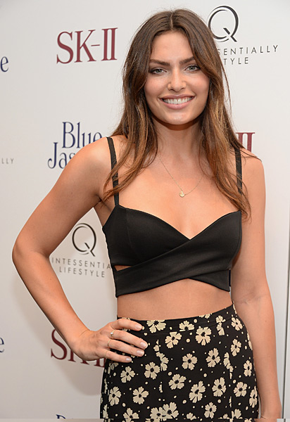 "Alyssa Miller attends the ""Blue Jasmine"" New York Premiere at the Museum of Modern Art :: Dimitrios Kambouris/WireImage"