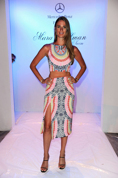 Julie Henderson attends the Mara Hoffman Swim show :: Serg Alexander/Getty Images