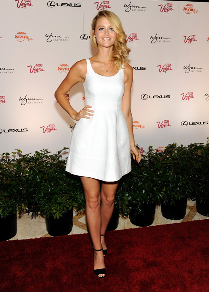 Kate Bock arrives at the Surrender Nightclub at Encore Las Vegas :: David Becker/WireImage