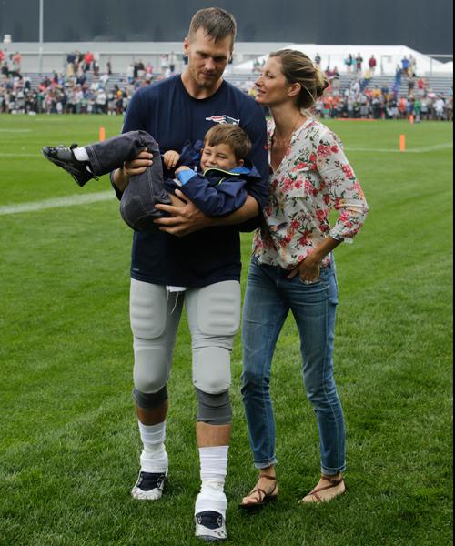 Tom Brady, Gisele Bundchen :: AP