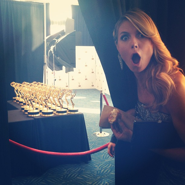 @heidiklum: OMG ! Look what i found behind the curtain