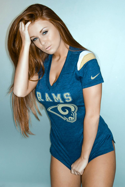 Leanna Decker :: FightClub.com