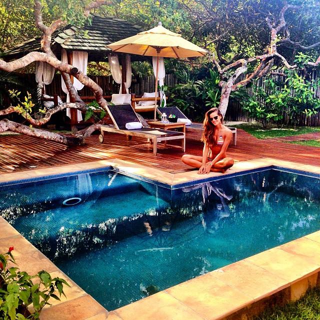 @iza_goulart: Bom dia!!! Apreciando Esta Manha de Segunda Feira na Natureza!! Good Morning!!! Enjoying this Monday Morning In Nature!! #hotelroom #trancoso #nature #green #natureza #myview #roomwithaview #lifeasaphoto
