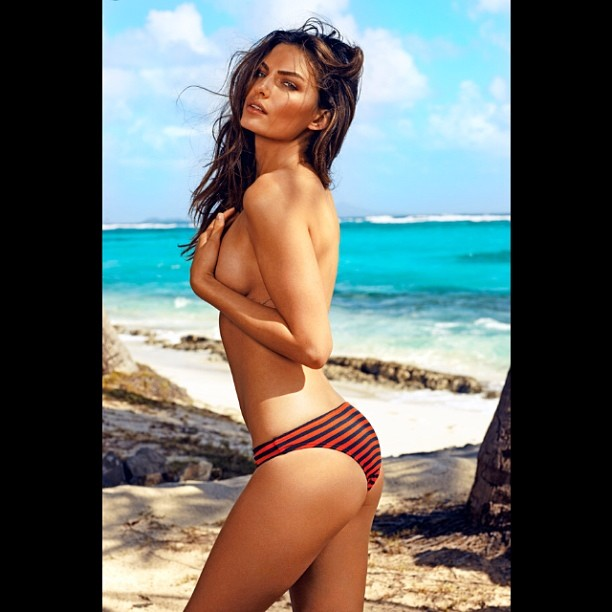 @luvalyssamiller: Thanks to @esquiremag for making me The Beauty Of Our Time. So flattering! @stephanwurth