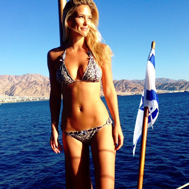 @barrefaeli: Israeli waters + Jordanian mountains = perfect weekend