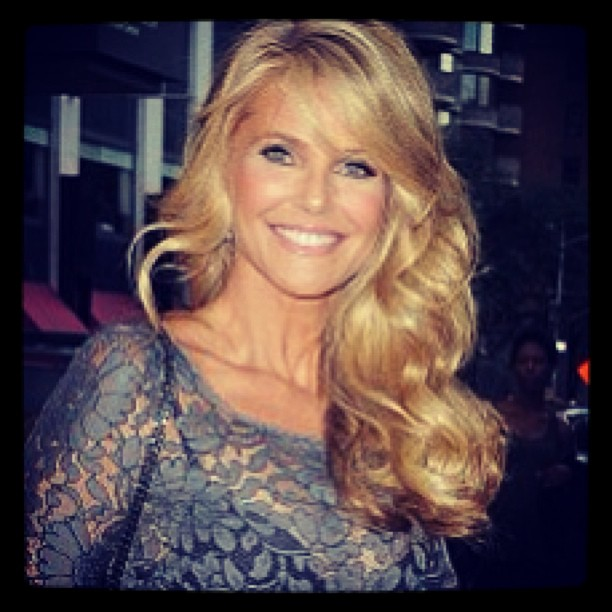 """@christiebrinkley: This Thursday, Oct 3rd.... I""""ll be in NYC to Make an Exciting Announcement That All The Ladies Are Going to LOVE! All about it THIS Thursday...i can""""t wait to let you know!!!!!!!!!!!!!!!!!!!!!"""
