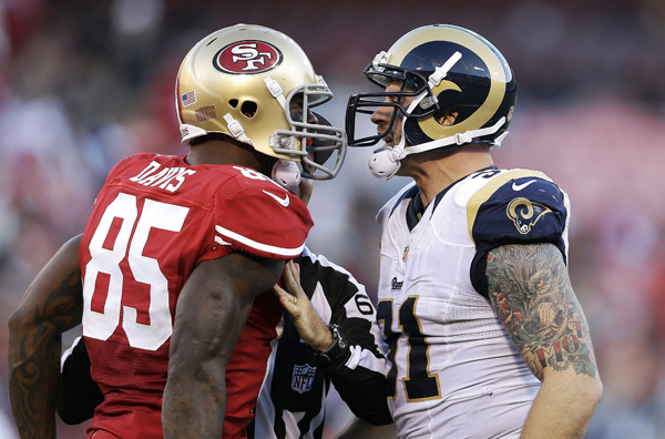 Vernon Davis and Chris Long :: AP
