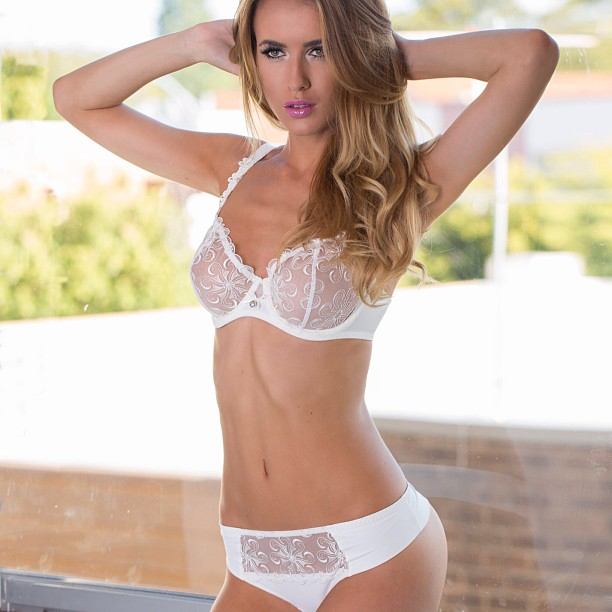Renee Somerfield :: @reneesomerfield