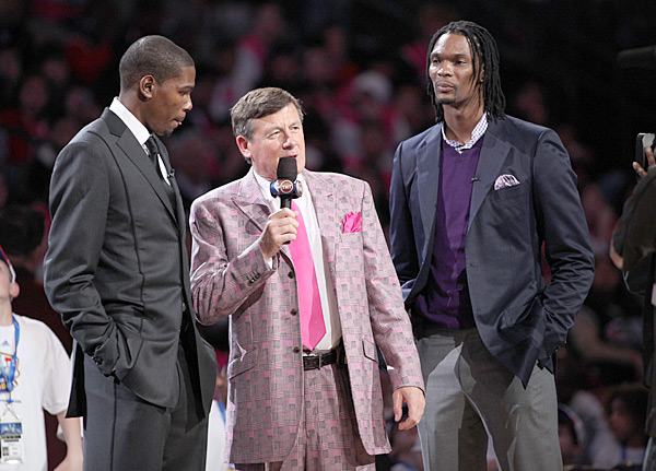 Kevin Durant, Chris Bosh and Craig Sager :: Glenn James/NBAE via Getty Images