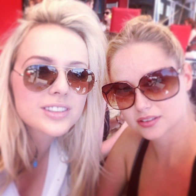 @genevievemorton: Sunday Funday in Cape Town with @stephsloane #campsbay #girlsday #lunch #summer