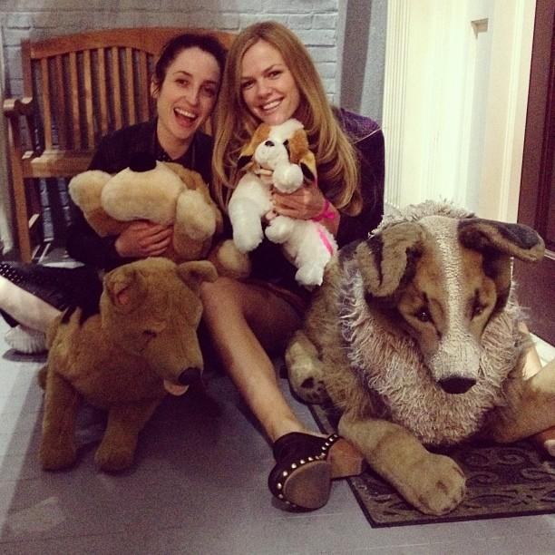 @brooklynddecker: Puppy love with @zoelisterjones