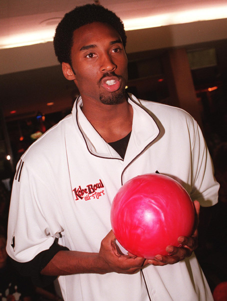 Kobe Bryant at the third annual Kobe Bowl (2000) :: Dan Callister/Liaison