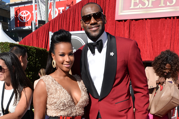 LeBron James in a red suit at the ESPY Awards. (Alberto E. Rodriguez/Getty Images Entertainment)