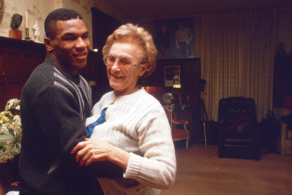 Mike Tyson and Camille Ewald :: Manny Millan/SI