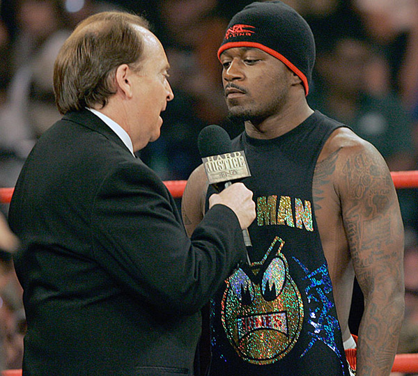Pacman Jones and Mike Tenay (2007) :: AP