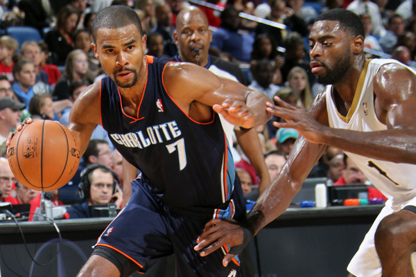Ramon Sessions and Gerald Wallace (2010) :: Streeter Lecka/Getty Images