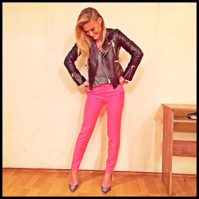 "@barrefaeli: ""Pink, it's my new obsession, yeah Pink, it's not even a question"" Aerosmith said it, I'm obeying"