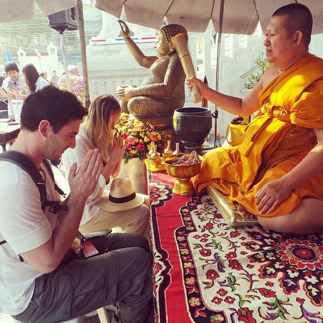 @annev_official: Greetings from Bangkok @mattharvey33