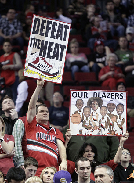 Portland Trail Blazers vs.  Miami Heat :: AP Photo/Don Ryan