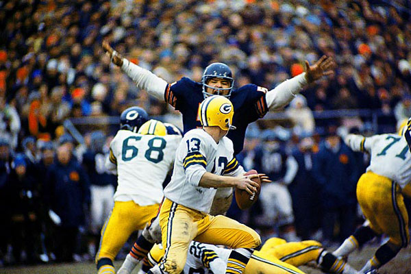 Dick Butkus and Don Horn (1968) :: Neil Leifer/SI