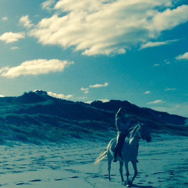 @rachelhunterx: Nothing like a gallop down the beach yesterday
