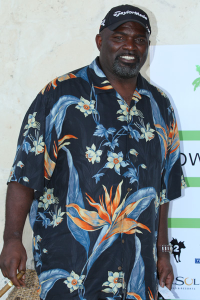 Lawrence Taylor :: Photo Courtesy of  David Ortiz Children's Fund
