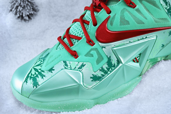 An angle look at the Christmas version of LeBron James' signature Nike sneaker, the LeBron 11. (Nike)